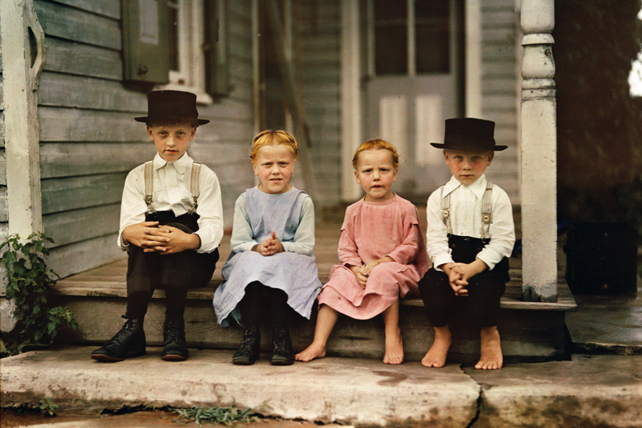 An informal group portrait of Amish children in Lancaster County, Pennsylvania, 1937.