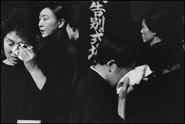 JAPAN. 1965. Tokyo. A farewell service for the late actor Danjuro at the Aoyama Funeral Hall.