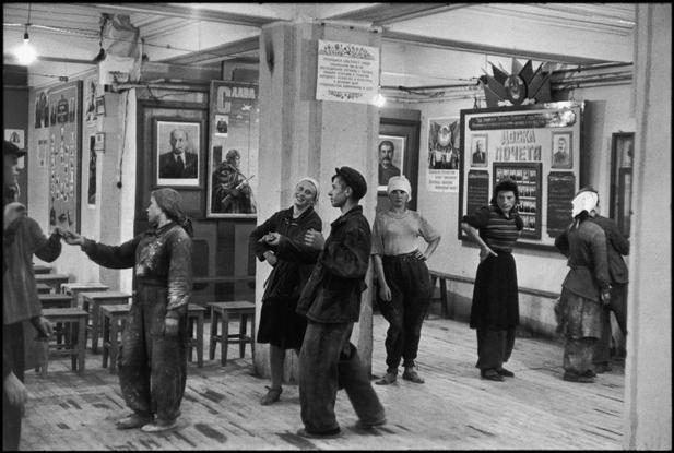 SOVIET UNION. 1954. Russia. Moscow. Canteen for workers building the Hotel Metropole.
